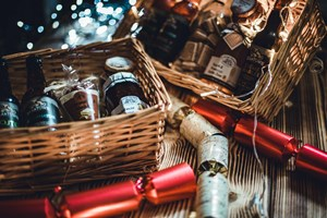 NOV_Gift_Basket_1